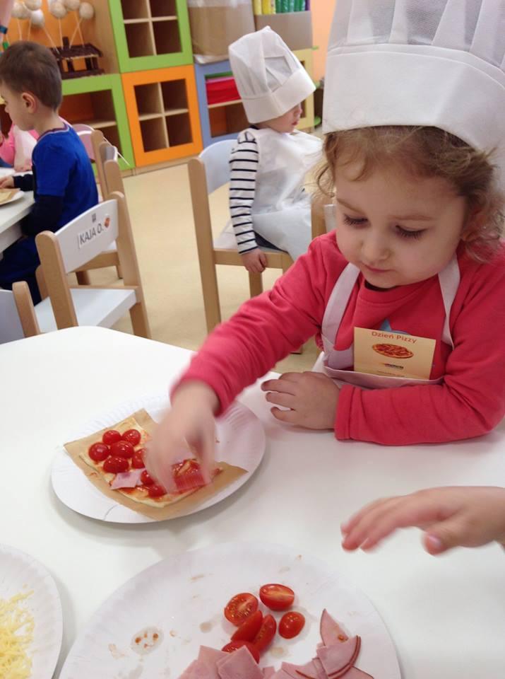 Dzień Pizzy w Kolowowym Przedszkolu i Żłobku