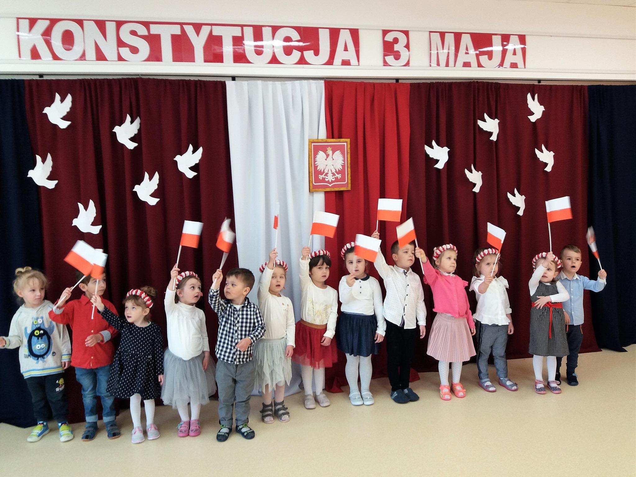 Dzień Flagi w Kolorowym Przedszkolu i Żłobku