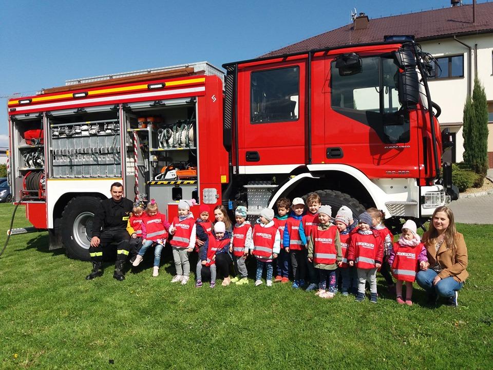 Wycieczka do Straży Pożarnej z okazji Dnia Strażaka